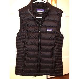 Patagonia Black Puffer Vest